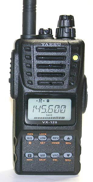 Yaesu VX-120 VHF Handfunkgerät