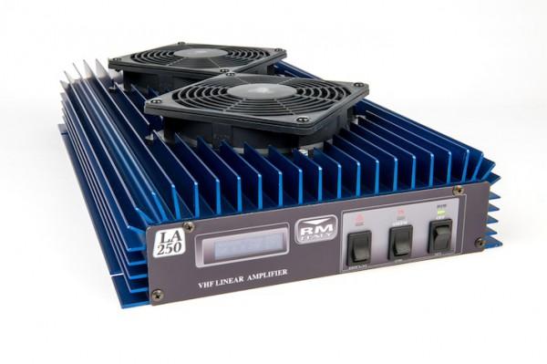 RM Italy LA 250V Amplifier 140-150 MHz und bis zu 200 Watt Sendeleistung