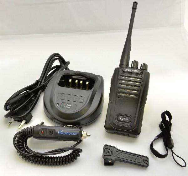 Wouxun KG-819 / Maas PT-819 PMR446 Handfunkgerät mit Li-Ion Akku und Standlader